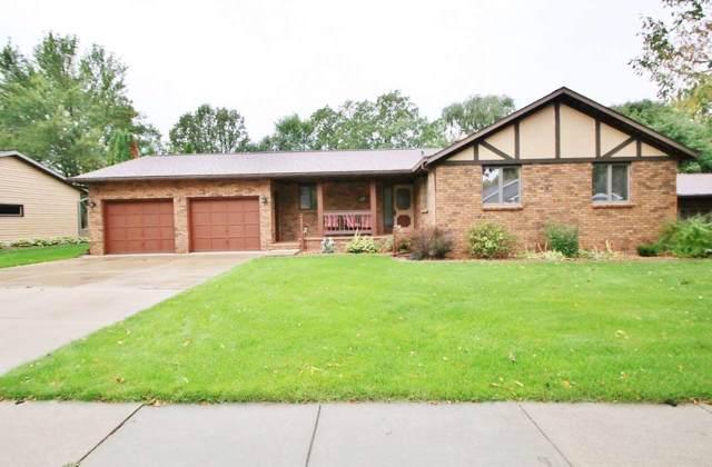 621 Rosehill Road, Kaukauna, WI 54130 (#50211909) :: Todd Wiese Homeselling System, Inc.