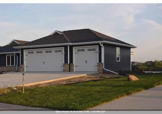 2424 Lake Cottage Court, Menasha, WI 54952 (#50212266) :: Dallaire Realty