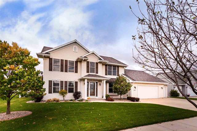 1613 Lone Oak Drive, Neenah, WI 54956 (#50212824) :: Todd Wiese Homeselling System, Inc.