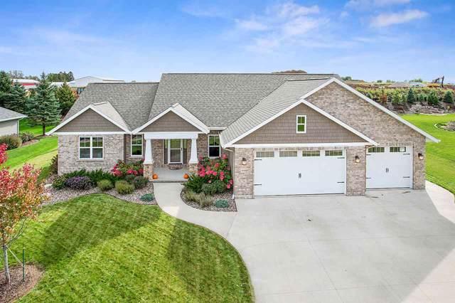 W6953 Rockdale Lane, Greenville, WI 54942 (#50212885) :: Todd Wiese Homeselling System, Inc.