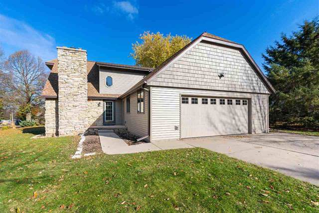 2020 Enderby Lane, Green Bay, WI 54311 (#50213446) :: Symes Realty, LLC