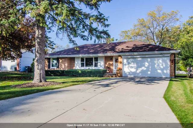 3736 S Clay Street, Green Bay, WI 54301 (#50213602) :: Symes Realty, LLC