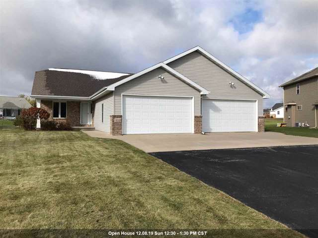 N1123 Craftsmen Court, Greenville, WI 54942 (#50213637) :: Dallaire Realty