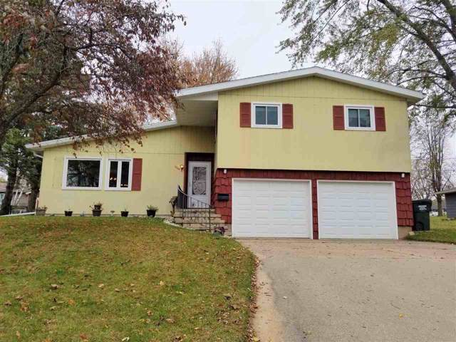 1720 Wyman Street, New London, WI 54961 (#50213675) :: Todd Wiese Homeselling System, Inc.