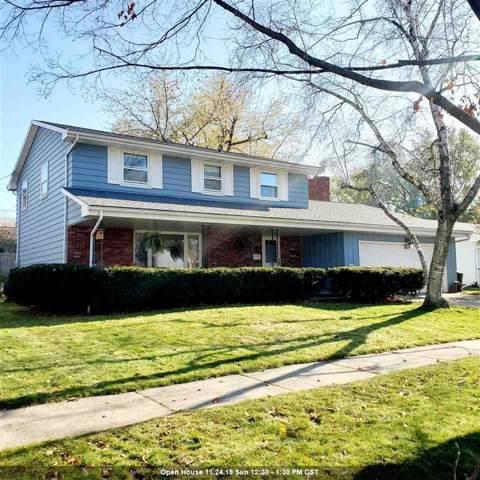 2100 N Douglas Street, Appleton, WI 54914 (#50213837) :: Todd Wiese Homeselling System, Inc.