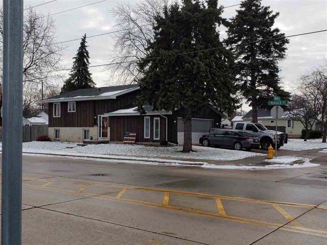 615 W Murdock Avenue, Oshkosh, WI 54901 (#50214087) :: Todd Wiese Homeselling System, Inc.