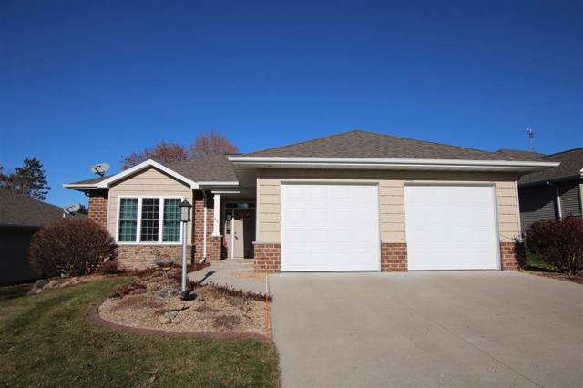 517 Golf Side Court, Hortonville, WI 54944 (#50214359) :: Todd Wiese Homeselling System, Inc.