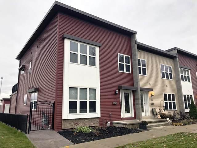 318 N Van Buren Street, Green Bay, WI 54301 (#50214369) :: Todd Wiese Homeselling System, Inc.