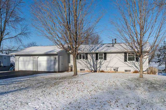 W132 Welsch Road, Winneconne, WI 54986 (#50215027) :: Todd Wiese Homeselling System, Inc.