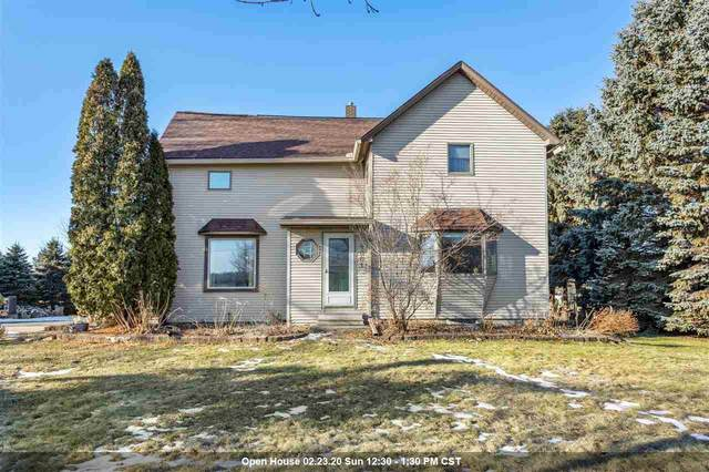 5001 N Mccarthy Road, Appleton, WI 54913 (#50215722) :: Todd Wiese Homeselling System, Inc.