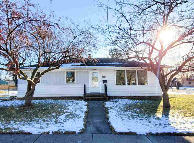 656 Wilson Street, Neenah, WI 54956 (#50215819) :: Dallaire Realty