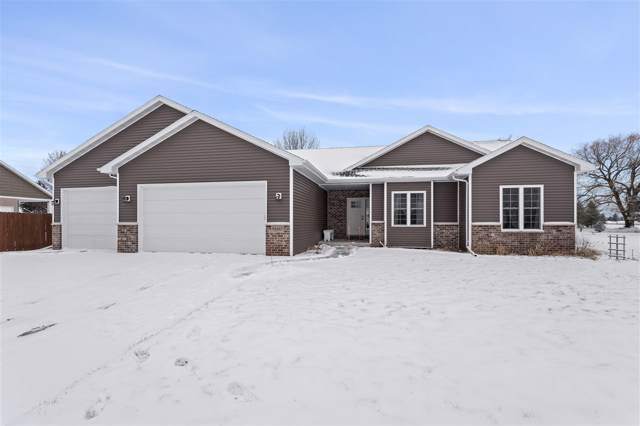 N2485 Chapel Hill Drive, Greenville, WI 54942 (#50215889) :: Dallaire Realty