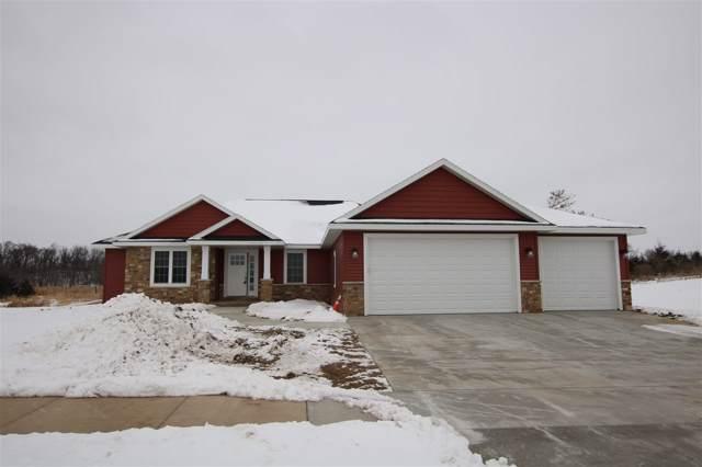 932 Pine Ridge Street, Brownsville, WI 53006 (#50216024) :: Todd Wiese Homeselling System, Inc.