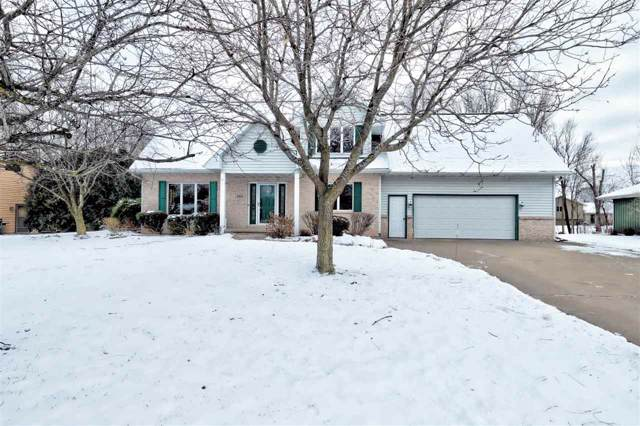 1331 Orchard Court, Neenah, WI 54956 (#50216228) :: Dallaire Realty