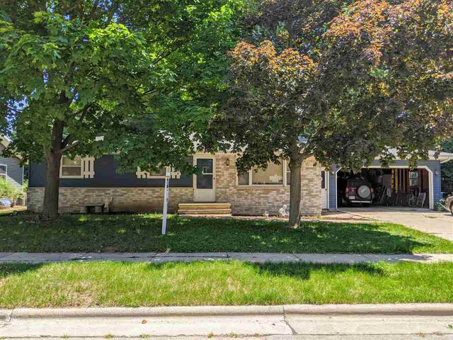600 Meadow Lane, Kaukauna, WI 54130 (#50216881) :: Todd Wiese Homeselling System, Inc.