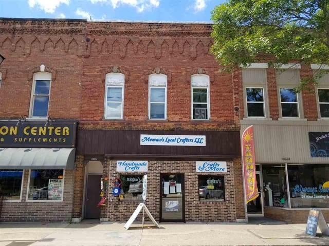 209 N Main Street, Waupaca, WI 54981 (#50217116) :: Ben Bartolazzi Real Estate Inc