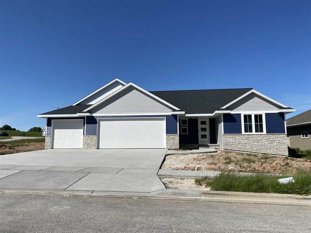 3348 Largo Ridge Drive, Green Bay, WI 54311 (#50218291) :: Symes Realty, LLC