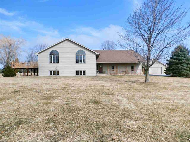 W9654 Erdine Lane, Hortonville, WI 54944 (#50218511) :: Todd Wiese Homeselling System, Inc.