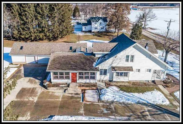 6577 Hilltop Road, Oshkosh, WI 54904 (#50218717) :: Todd Wiese Homeselling System, Inc.