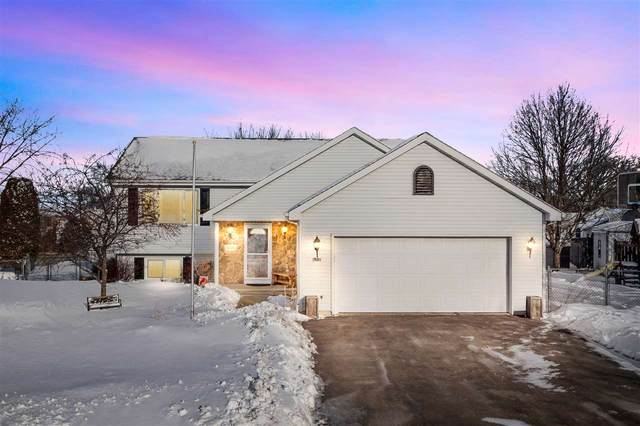 3855 Harvest Court, Oshkosh, WI 54901 (#50218771) :: Todd Wiese Homeselling System, Inc.
