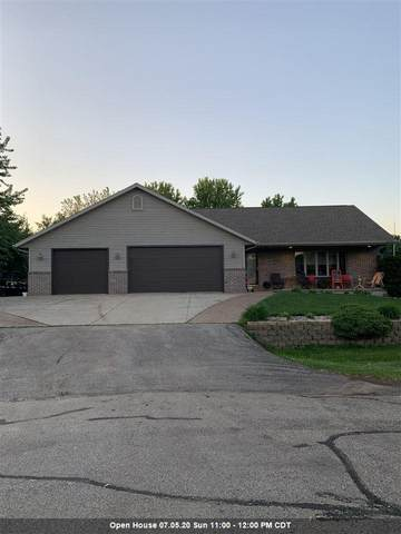 2866 Colleen Court, Oshkosh, WI 54904 (#50223195) :: Todd Wiese Homeselling System, Inc.