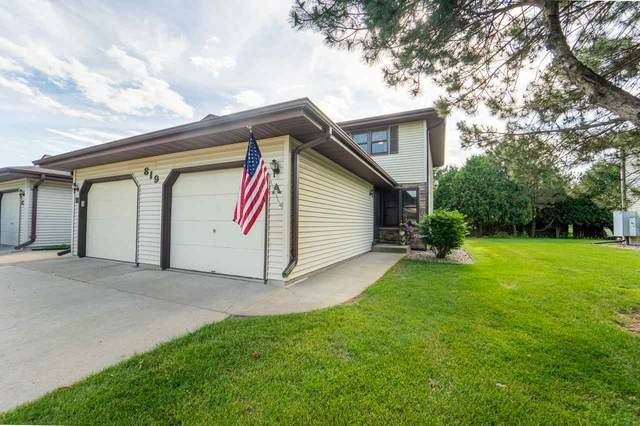 819 S Westhaven Place A, Appleton, WI 59414 (#50224431) :: Todd Wiese Homeselling System, Inc.