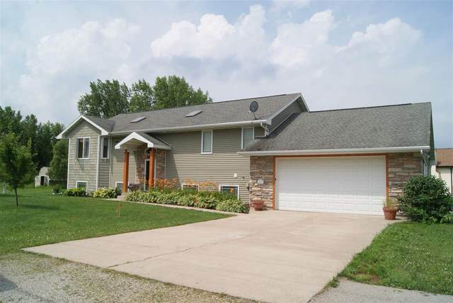 N1467 Julius Drive, Greenville, WI 54942 (#50225254) :: Dallaire Realty