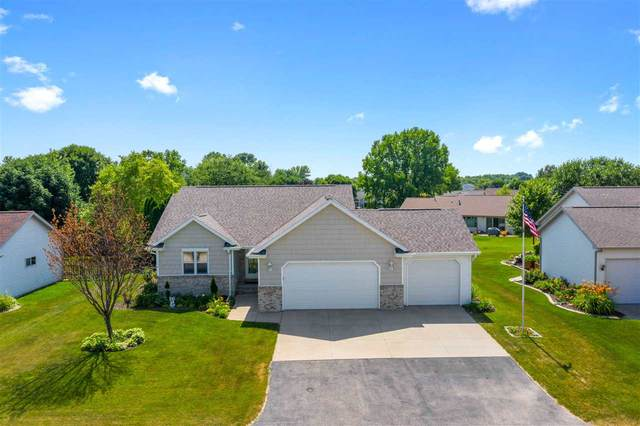 2157 Deer Haven Drive, Menasha, WI 54952 (#50226035) :: Carolyn Stark Real Estate Team