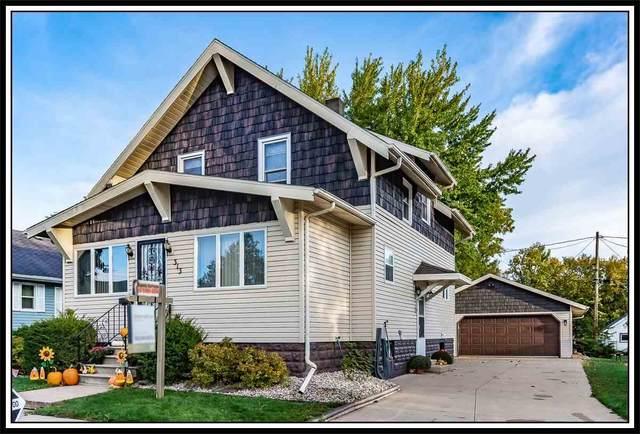 313 E Washington Street, New London, WI 54961 (#50230256) :: Todd Wiese Homeselling System, Inc.