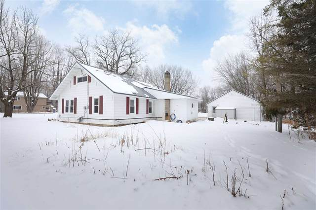 N4509 Ferry Street, New London, WI 54961 (#50232650) :: Dallaire Realty