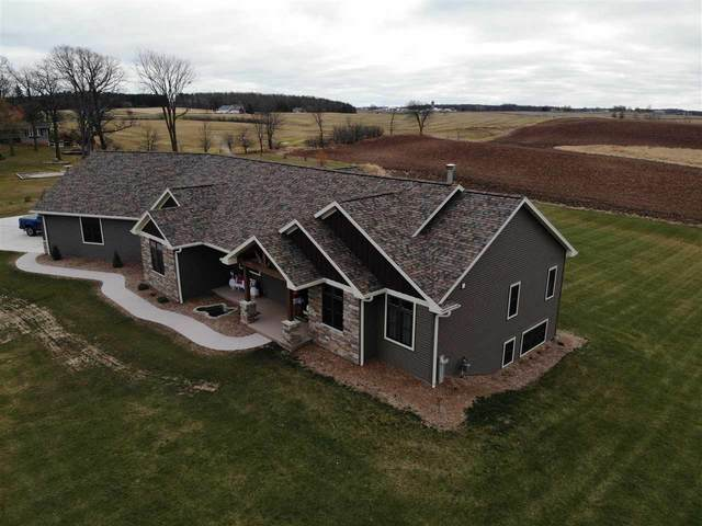 W221 East Hills Road, Brillion, WI 54110 (#50233179) :: Dallaire Realty