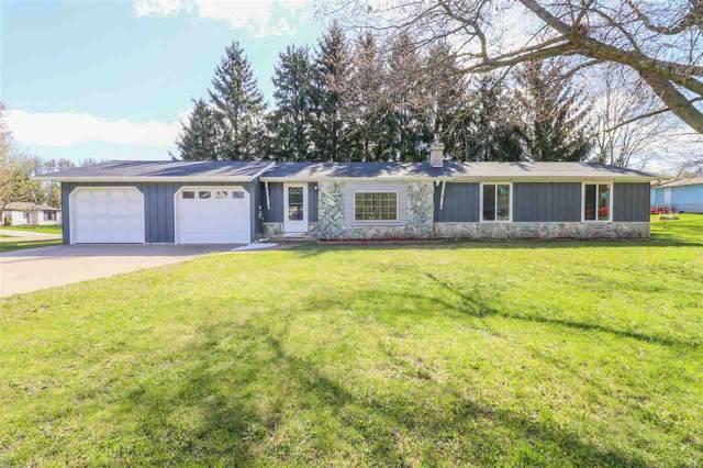420 Bailey Street, Waupaca, WI 54981 (#50238977) :: Ben Bartolazzi Real Estate Inc