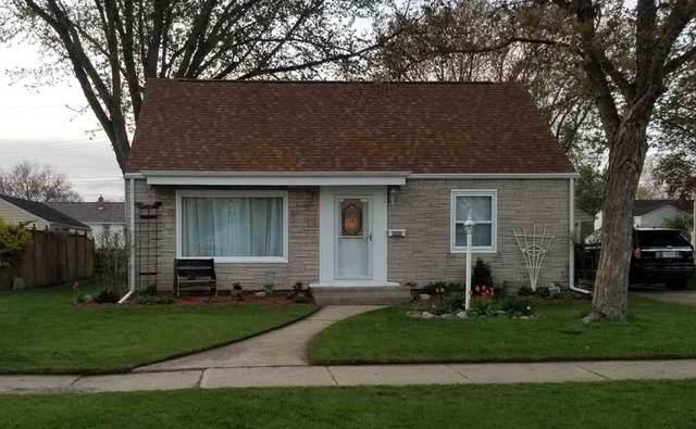 222 Macarthur Avenue, Brillion, WI 54110 (#50239700) :: Ben Bartolazzi Real Estate Inc