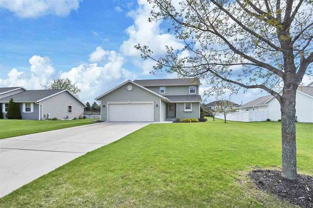 990 Pinecrest Road, Green Bay, WI 54313 (#50239760) :: Todd Wiese Homeselling System, Inc.