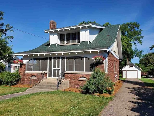 813 Depot Street, Manawa, WI 54949 (#50241808) :: Ben Bartolazzi Real Estate Inc