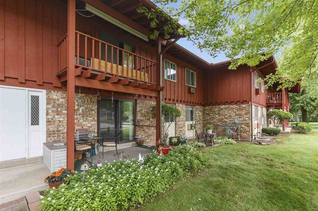 3180 Justin Court #6, Appleton, WI 54914 (#50243803) :: Todd Wiese Homeselling System, Inc.