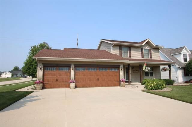 420 Rockrose Drive, Fond Du Lac, WI 54935 (#50245370) :: Todd Wiese Homeselling System, Inc.