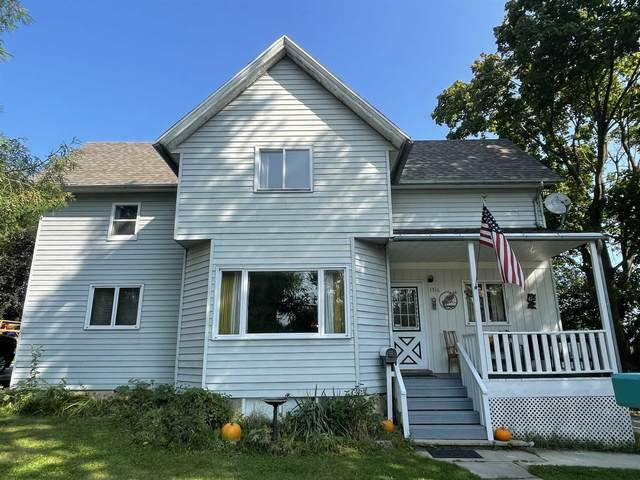 1316 Wisconsin Avenue, New Holstein, WI 53061 (#50245683) :: Symes Realty, LLC