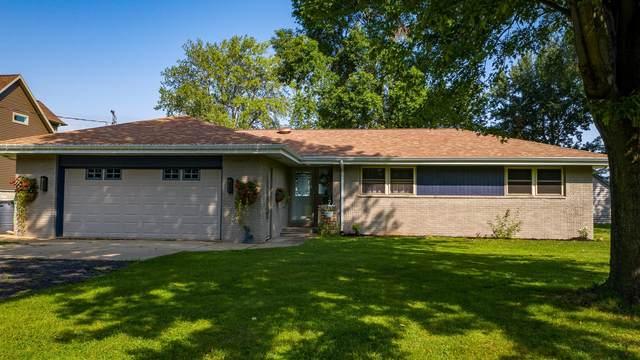 9306 Blanco Road, Winneconne, WI 54986 (#50246604) :: Todd Wiese Homeselling System, Inc.