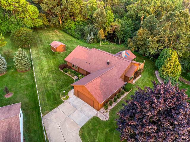 2676 Oak Park Drive, Green Bay, WI 54311 (#50246908) :: Todd Wiese Homeselling System, Inc.