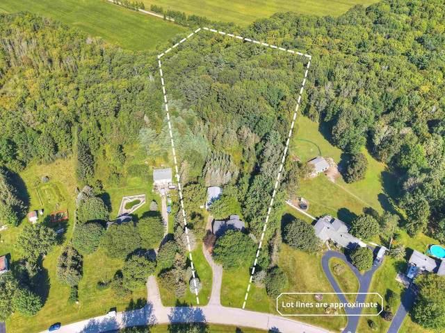 1967 Sylvan Drive, Green Bay, WI 54313 (#50247197) :: Symes Realty, LLC