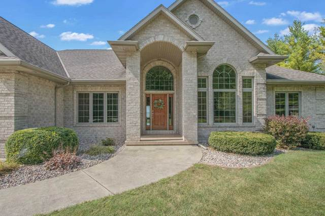 297 Breezy Acres Road, Luxemburg, WI 54217 (#50247405) :: Town & Country Real Estate