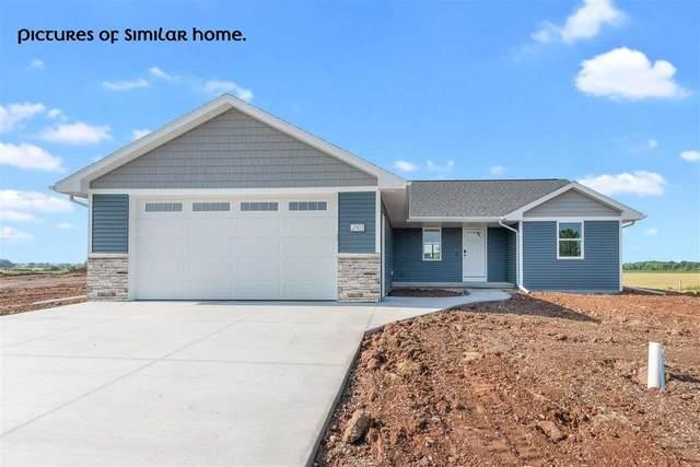 4140 Lakeland Drive, Omro, WI 54904 (#50247492) :: Symes Realty, LLC