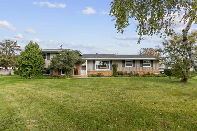 767 Fairwood Drive, Neenah, WI 54956 (#50248089) :: Symes Realty, LLC