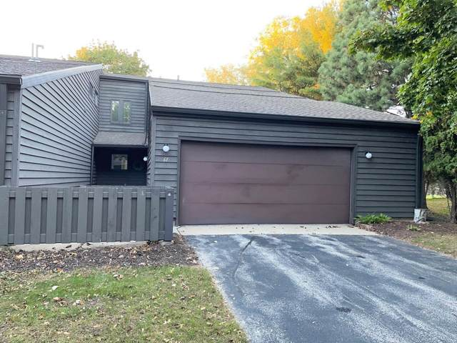 61 Webster Heights Drive, Green Bay, WI 54301 (#50249820) :: Todd Wiese Homeselling System, Inc.