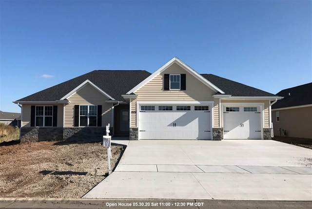 3524 Golden Hill Court, Appleton, WI 54913 (#50206439) :: Todd Wiese Homeselling System, Inc.