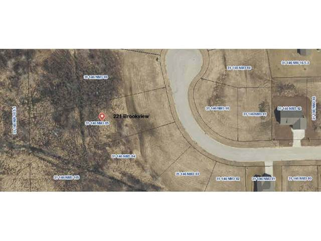 221 Brookview Court #85, Luxemburg, WI 54217 (#50155936) :: Todd Wiese Homeselling System, Inc.