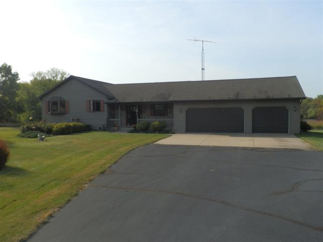 W109 Eureka Lock Road, Omro, WI 54963 (#50172027) :: Dallaire Realty