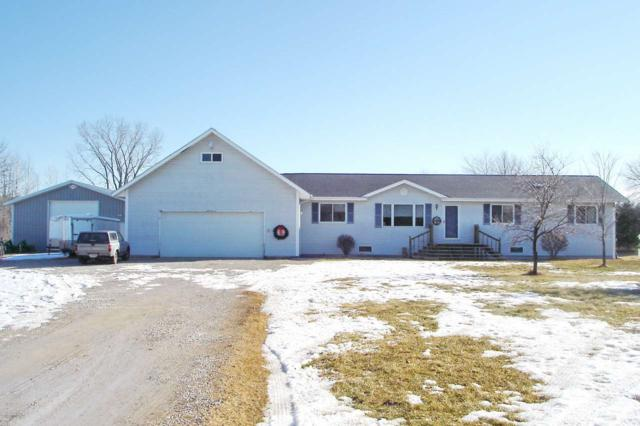 6552 Tower Drive Road, Lena, WI 54139 (#50178920) :: Dallaire Realty