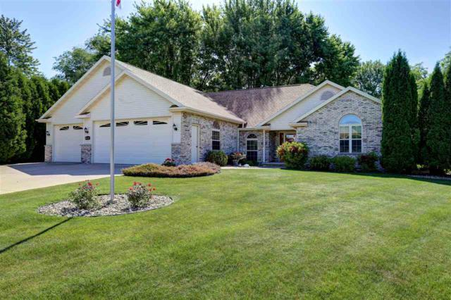 2599 W Timber Crest Court, GRAND CHUTE, WI 54914 (#50185476) :: Dallaire Realty